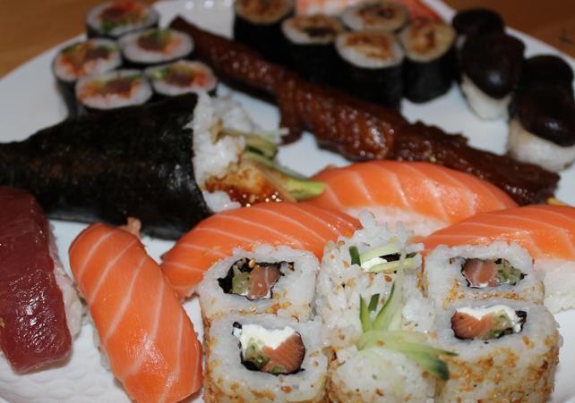 Sushi Japan Suqqu Hakuhodo
