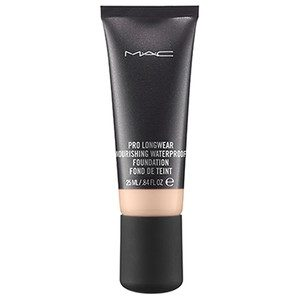 MAC Pro Longwear Nourishing Waterproof Foundation NW15