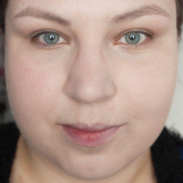 MAC Face Body Foundation MAC Pro Performance HD Airbrush Makeup 2