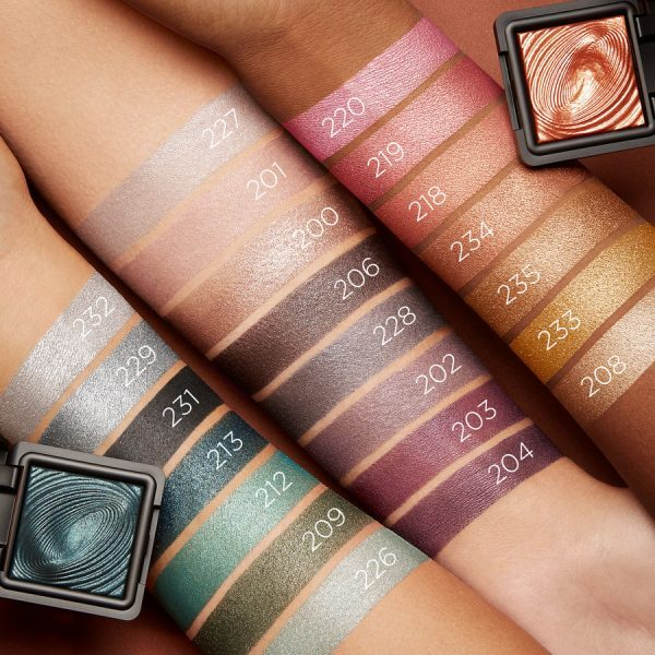 KIKO Water Eyeshadow Swatches Shades Colors Nuancen Farben