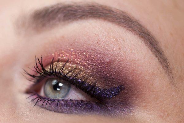 COLOURPOP Makeup Erotic Lace Nillionaire Closeup