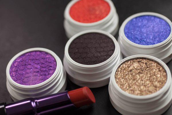 COLOURPOP Makeup Erotic Lace Nillionaire Products 3