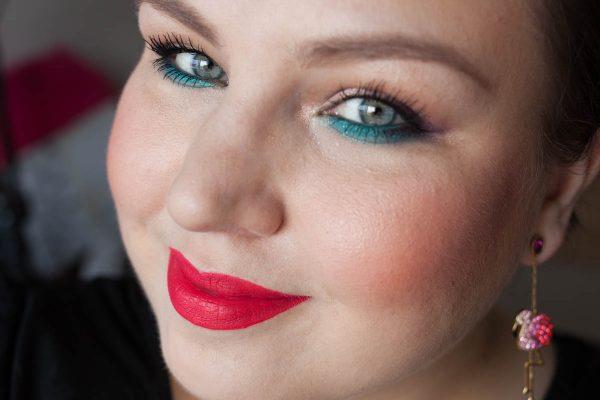 LIME CRIME Velvetine True Love Liquid Lipstick Face Portrait