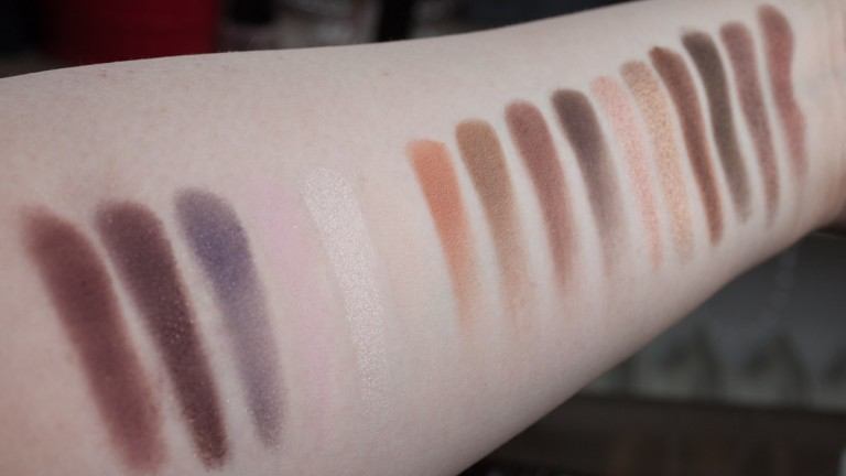 TOO FACED Chocolate Bar Palette Eyeshadow Naked Nude Lidschatten Swatch Review Flash