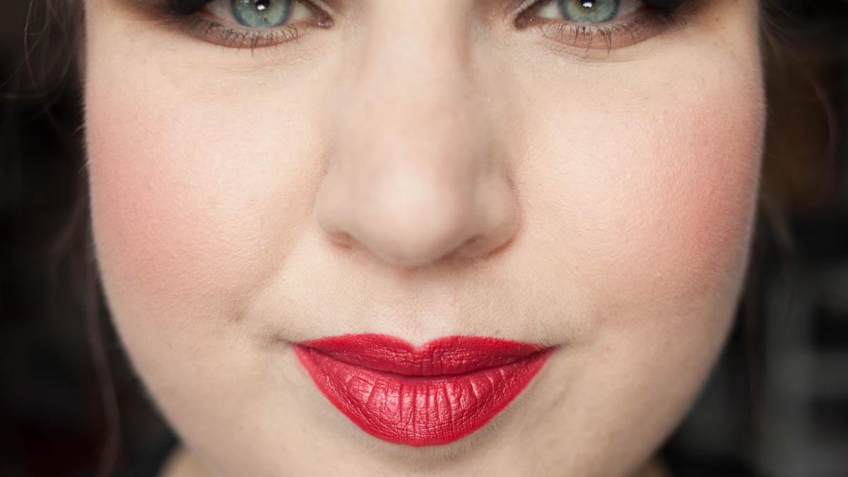 Lip Liner Action