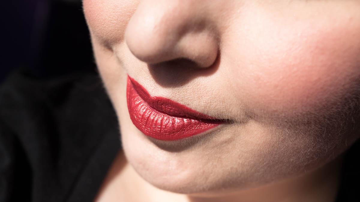 LIME CRIME Lady Perlees Lipstick im Sonnenlicht