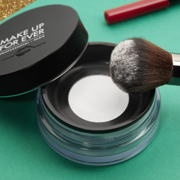 MAKE UP FOR EVER HD High Definition Powder Ambient Brush