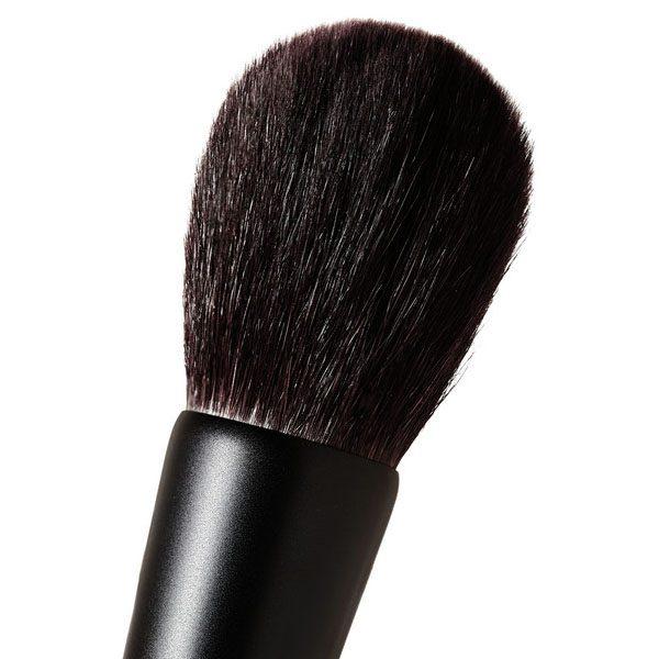 SURRATT BEAUTY Artistique Face Brush Detail