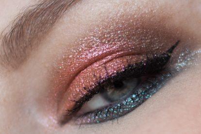 URBAN DECAY Moondust Eyeshadow Palette Makeup Closeup Look
