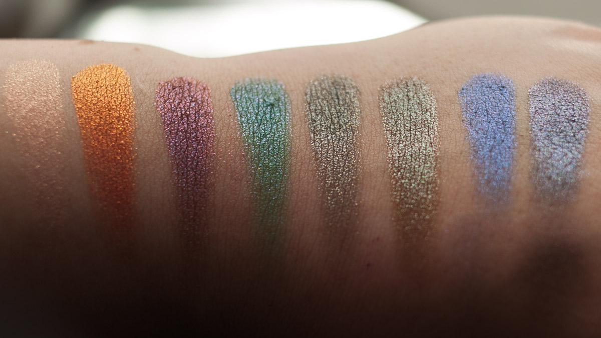 URBAN DECAY Moondust Eyeshadow Palette Swatches Daylight