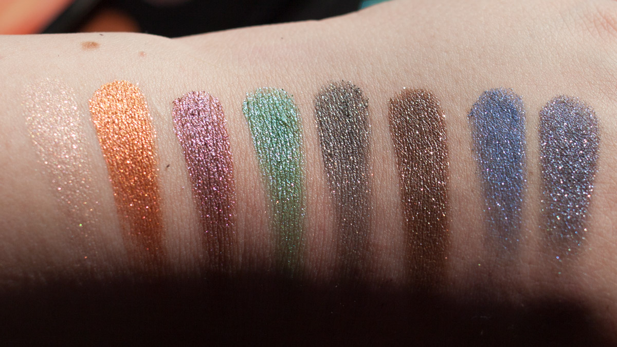 URBAN DECAY Moondust Eyeshadow Palette Swatches Sonne
