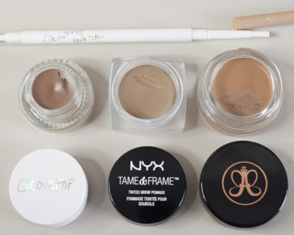 Blonde Augenbrauen Produkte im COLOURPOP Dope Taupe 2