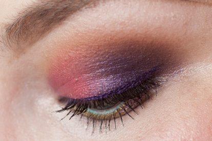 COLOURPOP Makeup Review Highlighter Blush Contour Stix Poison Lace Erotic 26