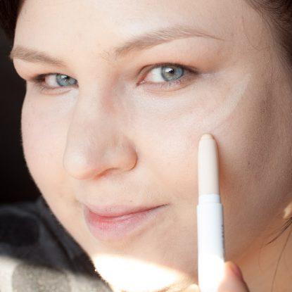 COLOURPOP Makeup Review Highlighter Blush Contour Stix Poison Lace Erotic 3