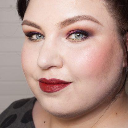 COLOURPOP Makeup Review Highlighter Blush Contour Stix Poison Lace Erotic 51