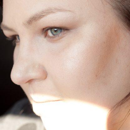 COLOURPOP Makeup Review Highlighter Blush Contour Stix Poison Lace Erotic 6