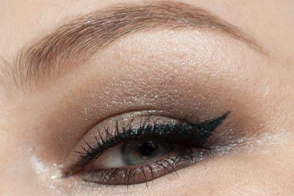 URBAN DECAY Moondust Eyeshadow Palette Makeup Lithium wet look Makeup 2