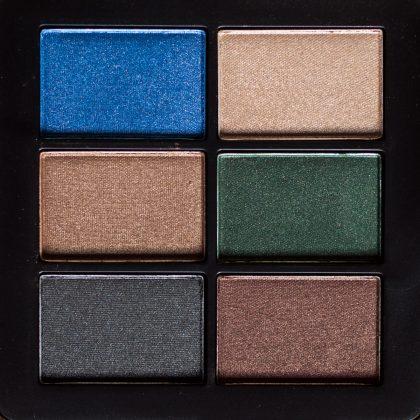 Victoria Beckham x ESTÉE LAUDER Eye Palette bei Tageslicht