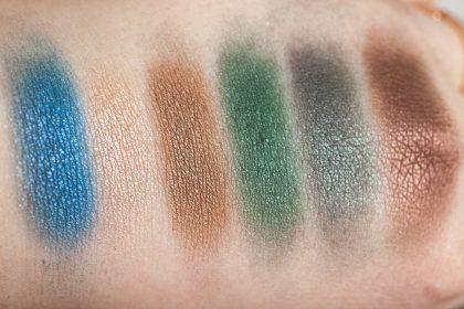 Victoria Beckham x ESTÉE LAUDER Eye Palette Swatches blended DAYLIGHT