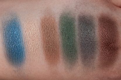 Victoria Beckham x ESTÉE LAUDER Eye Palette Swatches blended FLASH
