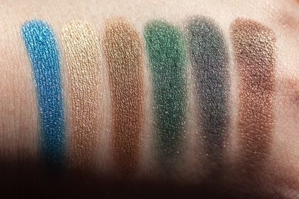 Victoria Beckham x ESTÉE LAUDER Eye Palette Swatches SUN