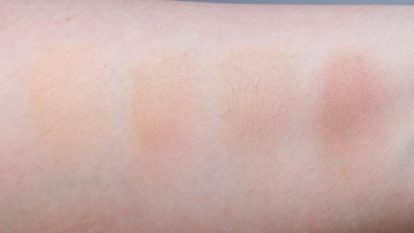 ESTEE-LAUDER-Double-Wear-Stay-in-Place-Concealer-Swatch-blended-flash-dry