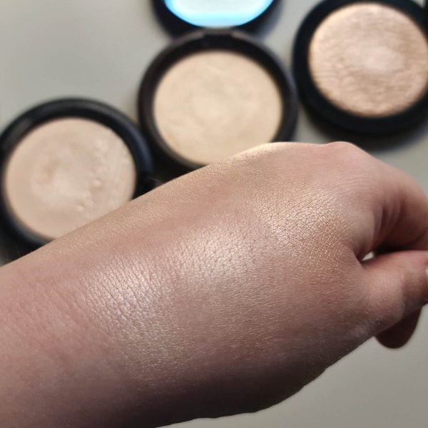 Highighter Fair Light Skin helle Haut - MAC Double-Gleam BECCA Moonstone MELT Stargazer Swatches