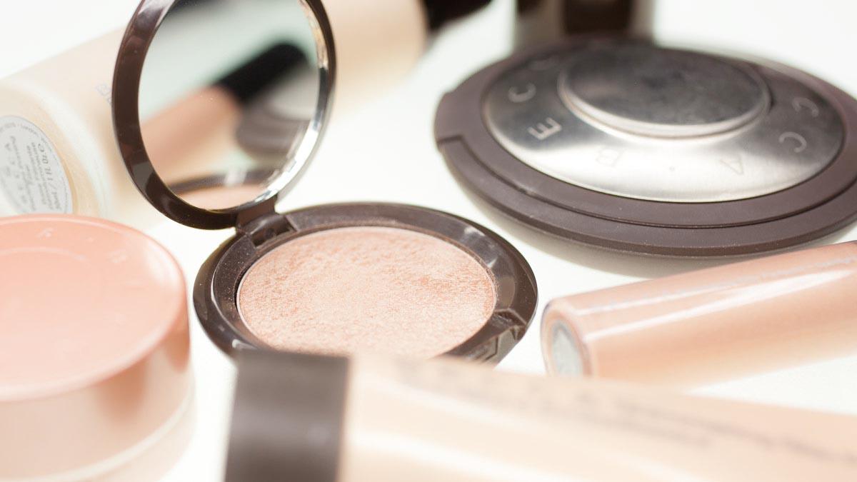 BECCA-Cosmetics-Deutschland-kaufen-Geschenk-Set-Kit-Mini-probieren-3