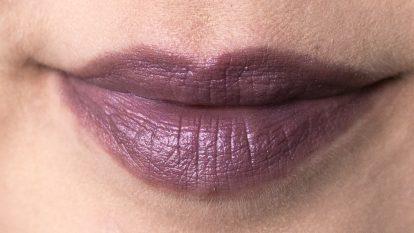 URBAN DECAY Vice Lipstick Vintage Pallor Lips