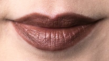 URBAN DECAY Vice Lipstick Vintage Roach Portrait Lips