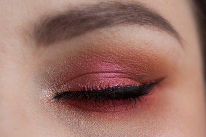 SUGARPILL Feline Fancy Makeup Collection Eyeshadow Palette Makeup Closeup Auge zu
