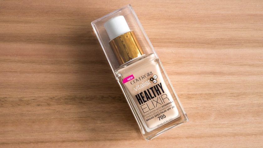 COVERGIRL Vitalist Healthy Elixir Foundation Ivory 705