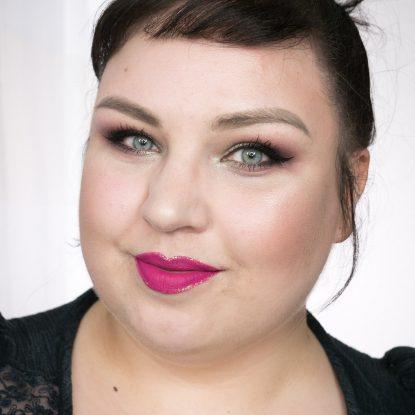 Glitter Lip Liner mit Glitter Eye Liner