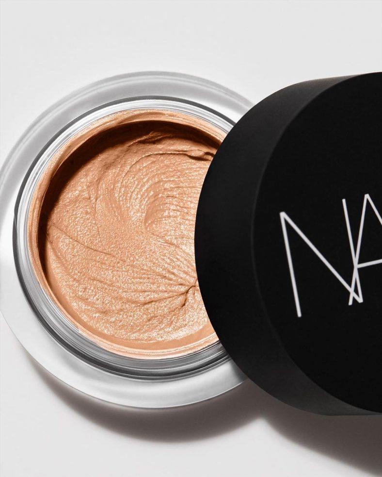 NARS Soft Matte Complete Concealer Jar