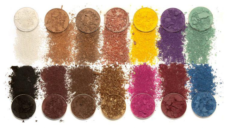 LUNAR BEAUTY Lifes A Drag Eyeshadow Palette Shades