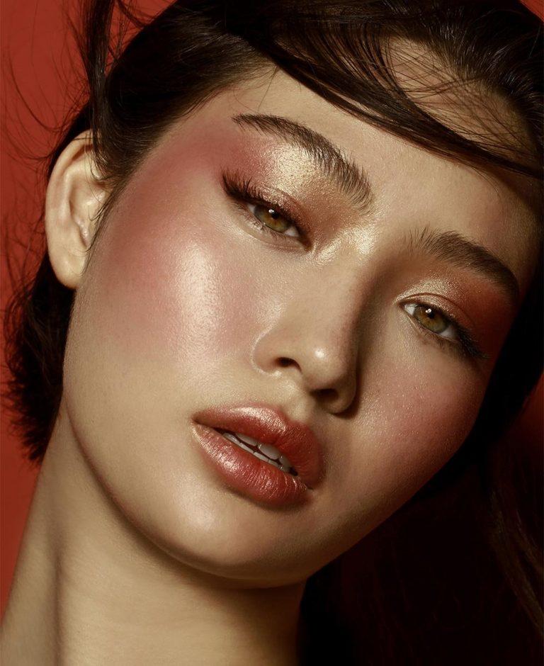 NATASHA DENONA Bloom Blush Glow Palette Visual