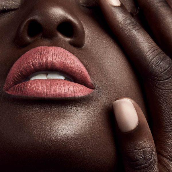 FENTY BEAUTY Stunna Lip Paint Uncuffed Ambient
