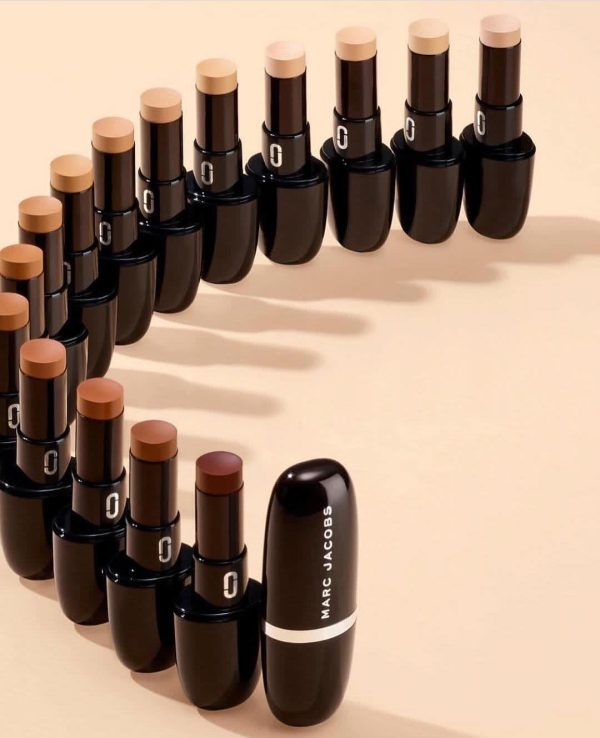 MARC JACOBS Accomplice Concealer Touch-up Stick Shades