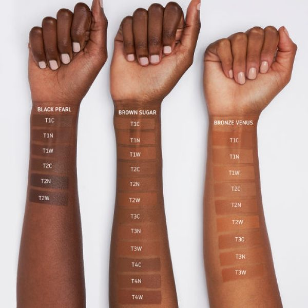 UOMA BEAUTY Say What Foundation Deep Dark Swatches