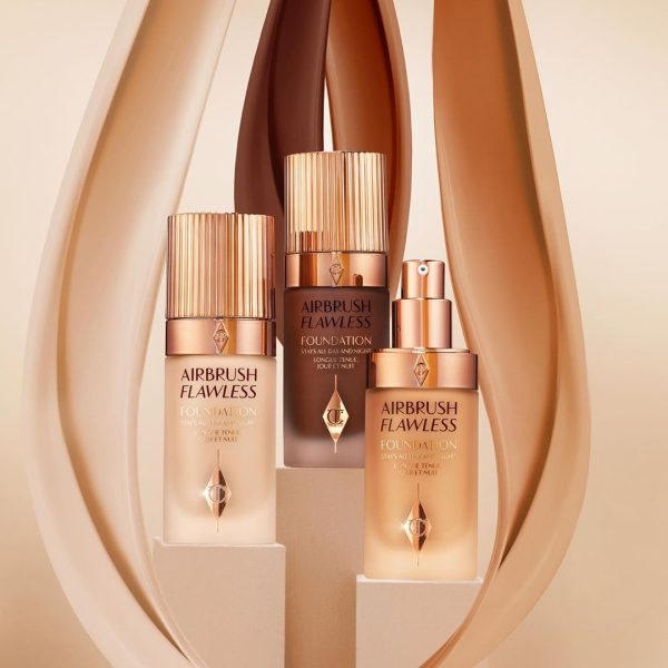 CHARLOTTE TILBURY Airbrush Flawless Foundation Visual