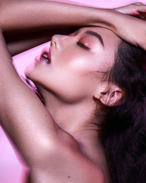 FENTY BEAUTY by Rihanna Diamond Bomb II All Over Diamond Ambient