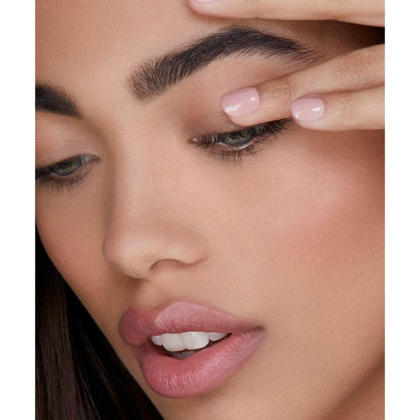 HOURGLASS Veil Eye Primer Eyeshadow Base Demo