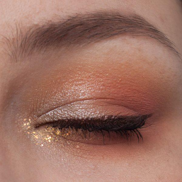 COLOURPOP Baby Got Peach Eyeshadow Palette Makeup Closed Eye