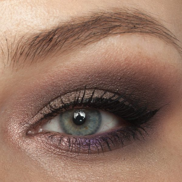FENTY BEAUTY Snap Shadows 2 Cool Neutral Eyeshadow Palette Taupe Purple Look