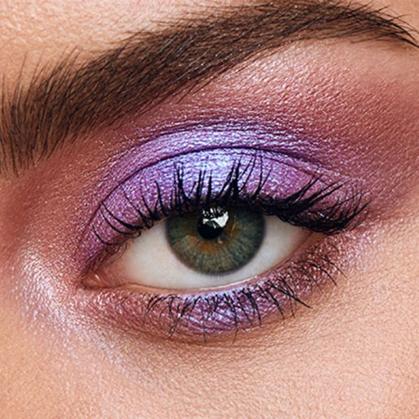 URBAN DECAY Naked Ultraviolet Eyeshadow Palette Makeup Look Eye