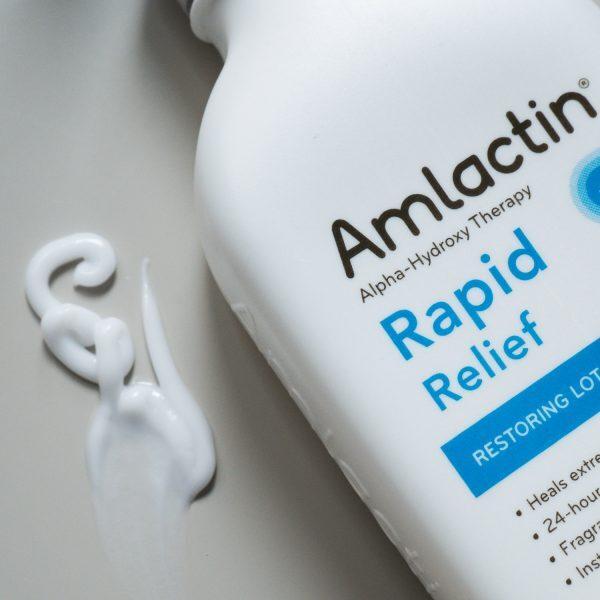 AMLACTIC Rapid Relief Restoring Lotion AHA Ceramides Textur