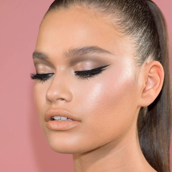 NATASHA DENONA Diamond Glow Mini Blush Highlighter Look