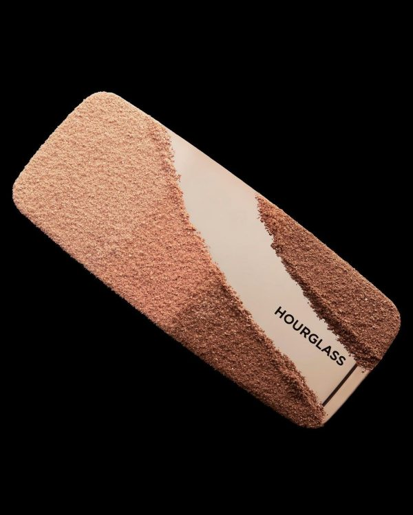HOURGLASS Ambient Lighting Palette 2 Powder