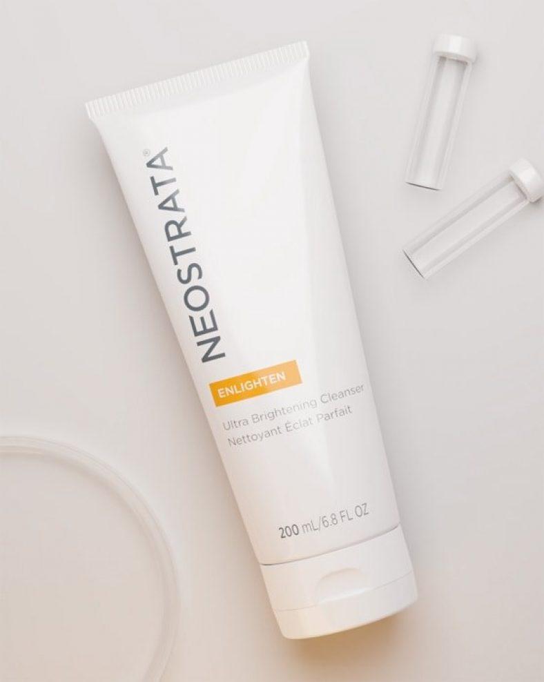 NEOSTRATA Enlighten Ultra Brightening Cleanser Ambient