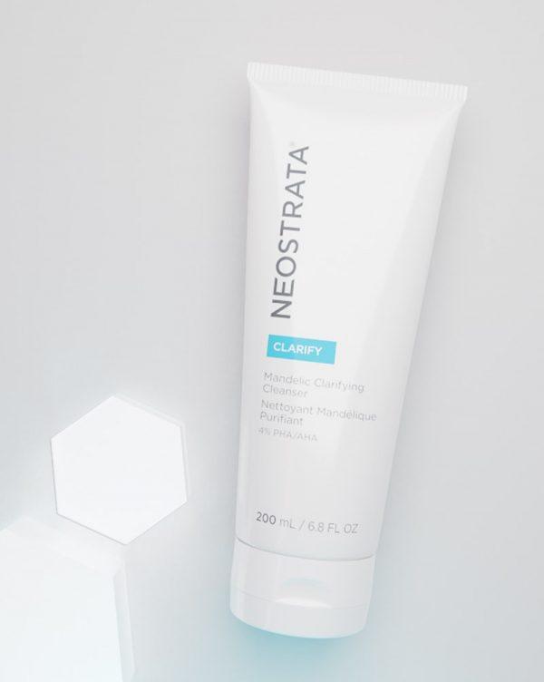 NEOSTRATA Clarify Mandelic Clarifying Cleanser 4% PHA / AHA